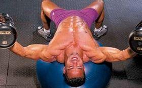 <a href=http://www.muscles.com.cn/xiongbu/ target=_blank class=infotextkey>胸肌</a>15分钟速成攻略