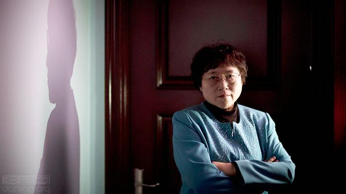 李银河批靳东:没教养,直男癌