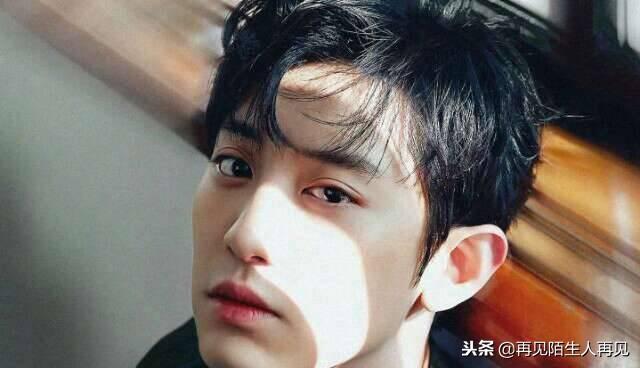 韩国拥有贵族脸的4大男星李敏镐第4,吴世勋第2,第一五官精致