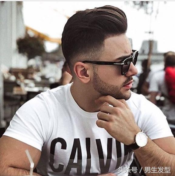 男士发型这样剪才够爷们,又酷又帅气!