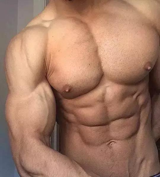 8个超赞的胸肌训练动作!