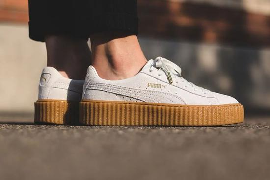 ▲ FENTY Creeper